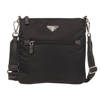 Authentic spot PRADA Prada black nylon shoulder bag man bag Messenger bag  man bag BT0716 e7a35e8e4c