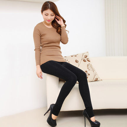 Bottoming pantyhose female Korean tidal step foot nine exceptionally thin Korean autumn and winter wear thick velvet pantyhose free shipping